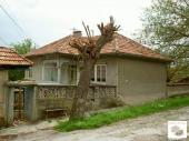 Nice countryside property, located in a well-developed village, 30 km north-east from the town of Veliko Tarnovo