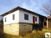 Solid authentic house located in the village of Shodekovtsi, 22 km from Veliko Tarnovo