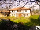 Spacious property with large garden, set amongst the gorgeous nature of Dryanovo Balkan!