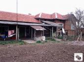 Spacious rural property located in the village of Vyrzulica close to the town of Polski Trambesh