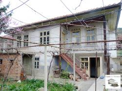 Solid and detached two-storey house in the village of Prisovo, just 3 km from Veliko Tarnovo