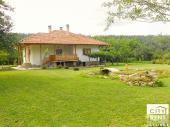Newly-built guest house nicely set in a picturesque mountain village, only 6 km away from the town of Elena