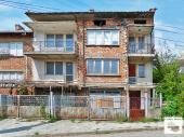 A spacious house in the town of Debelets, just minutes from Veliko Tarnovo