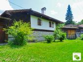 Fully furnished rural house located in a picturesque village, 10 km from the town of Elena