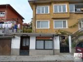 Shop for rent, located on a lively street close to the central part of Veliko Tarnovo