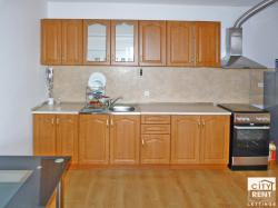 Two-bedroom apartment for rent, located in the top centre of Veliko Tarnovo