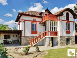 Renovated two-storey housе with a garage and big yard located in the village of Mihaltsi, 30 km from Veliko Tarnovo