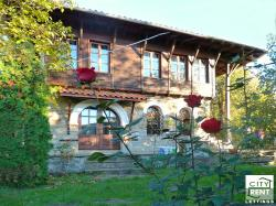Two-storey traditional style house for rent in the village of Arbanassi, few kilometers from Veliko Tarnovo