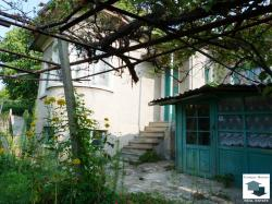 Two-storey house with panoramic view in the village of Sheremetya, only 5 minutes away from Veliko Tarnovo