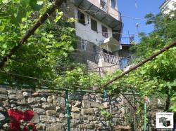 House with a yard located in the historical part of Veliko Tarnovo