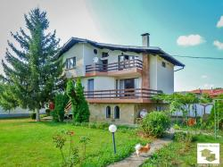Attractive property comprising two houses located in the village of Shemshevo, just 3 km from Veliko Tarnovo