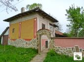 Solid two-storey house located in the village of Dichin, 25 km from the old capital