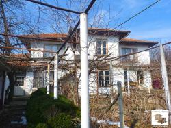 Two-storey house with big yard and panoramic view in the village of Gostilitsa, 35 km from Veliko Tarnovo