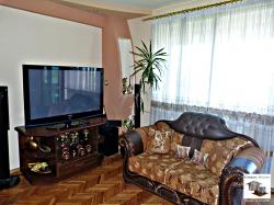 Luxury furnished, three-bedroom apartment located on blvd. Gabrovski in Veliko Tarnovo