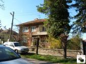 Spacious two-storey house in the village of Polikraishte, located only 17 km away from Veliko Tarnovo