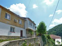 Completely renovated house floor located in the old part of Veliko Tarnovo
