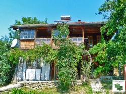 Two-storey renovated house with panoramic view and a pool and a garage only 20 km. away from Veliko Tarnovo