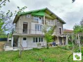 Three-storey twin house in the village of Dlagnya which is located only 15 minutes away from both Veliko Tarnovo and Dryanovo