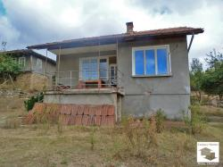 One-storey villa with big plot and panoramic view in the village of Radkovtsi, 20 km south from Veliko Tarnovo