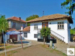 Fully renovated and furnished house in the village of Resen, only 20 km away from Veliko Tarnovo
