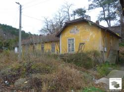 House for renovation near the train station in Veliko Tarnovo