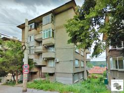Spacious two-bedroom apartment with a nice view in the center of Veliko Tarnovo