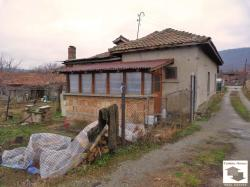 One storey house for sale close to kindergarden in the town of Lyaskoveс