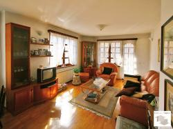 Luxury furnished three-bedroom apartment with panoramic views in the center of Veliko Tarnovo