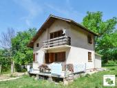 Two-storey villa with flat yard and panoramic view near a tourist complex only 15 km away from Veliko Tarnovo