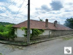 One-storey house in a quiet and peaceful village near the town Veliko Tarnovo