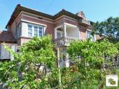 Two-storey house with four bedrooms and flat yard located in the village of Polski Senovets, near the main road to Ruse