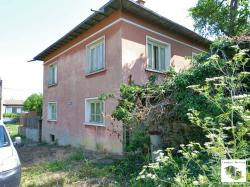 Two-storey house with a garage located in the village of Burya 35 km west from Veliko Tarnovo