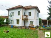 Recently renovated house located in the village of Novo selo, 20 km from Veliko Tarnovo