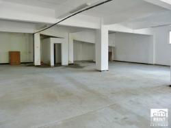 Warehouse for rent with an office and a sanitary unit in an industrial area in Veliko Tarnovo