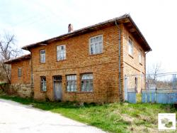 Solid two-storey brick-built rural house with quiet rural location and amazing panoramic view in the village of Miykovtsi