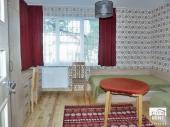 Furnished and gasified floor of a house with a small yard for rent in the center of the old capital