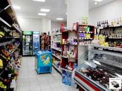 Spacious shop for sale, located near the Stadium in Veliko Tarnovo